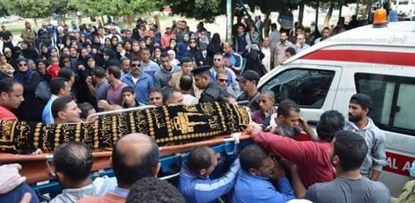بالصور| الإسماعيلية تودع بطلة المصارعة النسائية ريم مجدي في جنازة شعبية