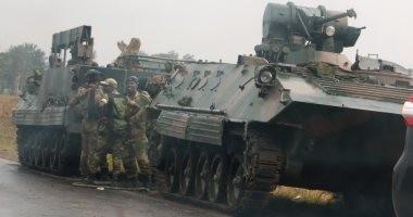 جيش زيمبابوى يعلن سيطرته على مقر البرلمان والمحاكم وهيئة الإذاعة والتلفزيون
