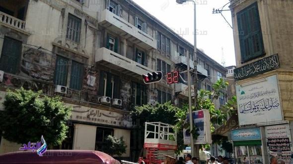 مرور الإسكندرية يفعل الإشارات الرقمية بشوارع المدينة.. صور