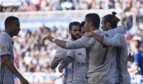 بالفيديو .. هاتريك رونالدو يبقي ريال مدريد متصدرا
