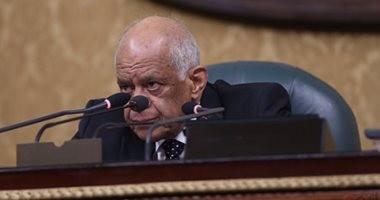 """على عبد العال غاضبا من غياب النواب: """" هنرفع بصمات الحضور الساعة 11 وربع"""""""