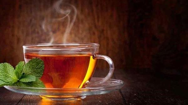 هاني الناظر: احترسوا من الشاي الساخن لهذا السبب الخطير
