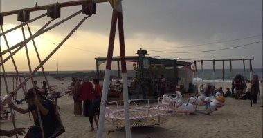 عودة الحياة لطبيعتها بشمال سيناء.. والأسواق والشواطئ تفتح أبوابها للمواطنين