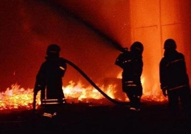 إصابة 10 عمال في حريق بمصنع أغذية بالعاشر من رمضان