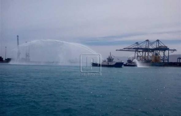 موانئ «الهيئة الاقتصادية للقناة» تستقبل 34 سفينة