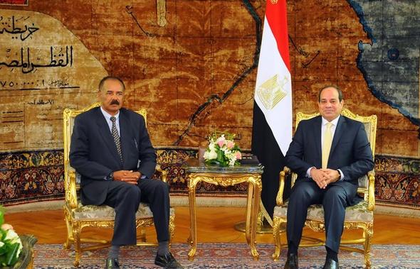السيسي يجدد دعوة رئيس أوروجواي لزيارة مصر
