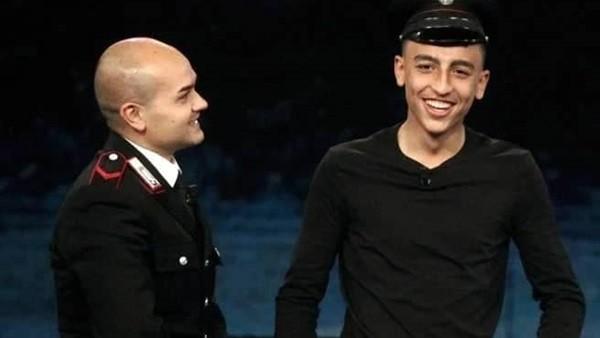 قانون الشجاعة يتغلب على قانون الهجرة ... وزير الخارجية الإيطالي يمنح الجنسية للبطل المصري