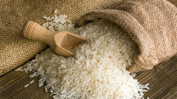 ضبط 1500 طن أرز مجهول المصدر بمصنع بالإسكندرية