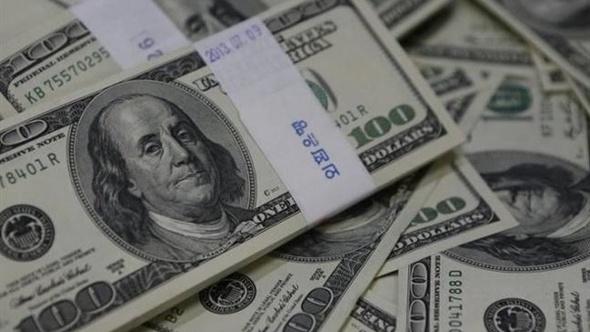 الدولار يواصل ارتفاعه في البنوك الأربعة الكبرى مع نهاية اليوم
