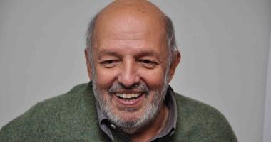 فى ذكرى وفاة المخرج محمد خان الثانية.. تعرف على مسيرته الفنية