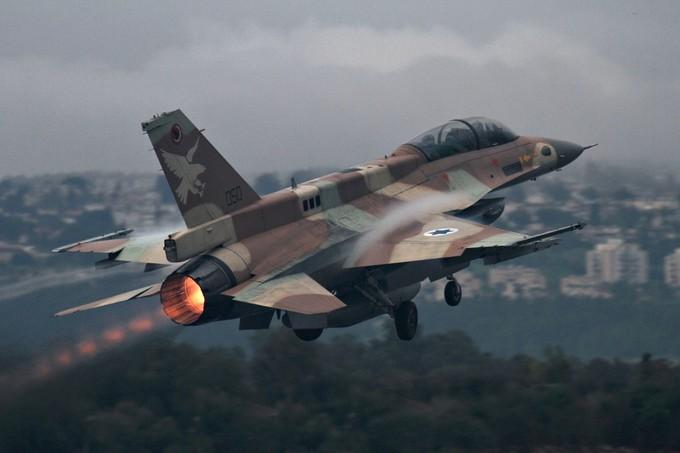 الجيش اللبناني: طائرة استطلاع إسرائيلية اخترقت الأجواء فوق بلدة الناقورة