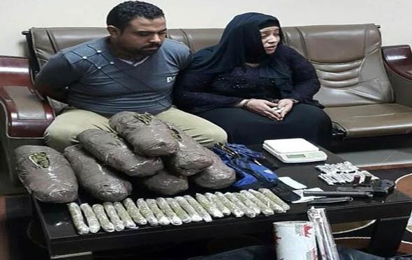 ضبط سيدة وشقيقها كونا تشكيلا عصابيا لبيع المخدرات بالدقهلية