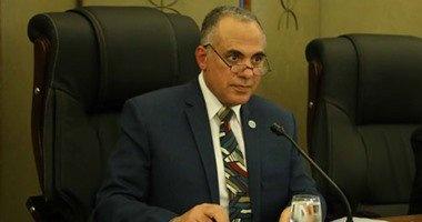 وزير الرى يصل إلى دار السلام لتدشين حزمة من الآبار الجوفية بتنزانيا