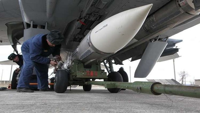 """روسيا: صاروخ """"كينجال"""" يعادل 4 أمثال سرعة الصوت"""