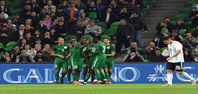 نيجيريا تفاجيء الأرجنتين بعودة رائعة وتسقطها برباعية استعداداً للمونديال