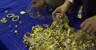الذهب يواصل التراجع لليوم الثانى..وعيار 21 يسجل 647 جنيها للجرام