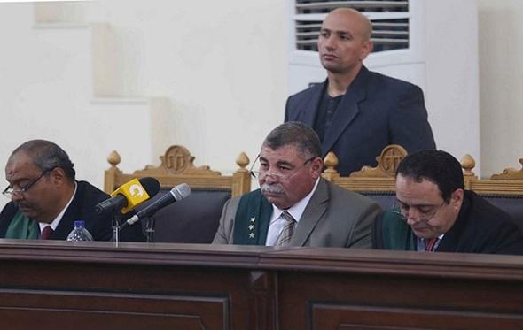 تأجيل محاكمة متهمي اقتحام قسم حلوان