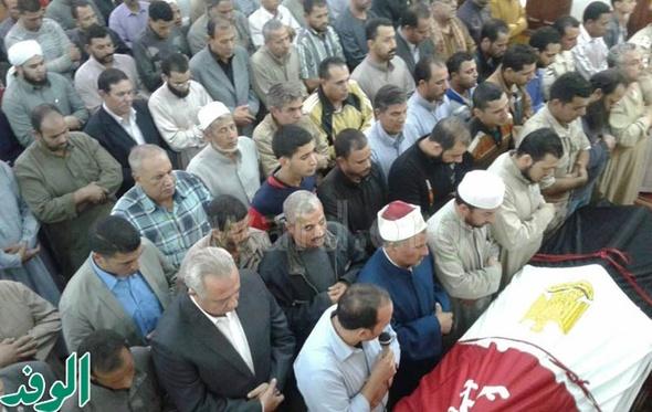 بالصور.. تشييع جثمان شهيد سيناء بمسقط رأسه بالشرقية