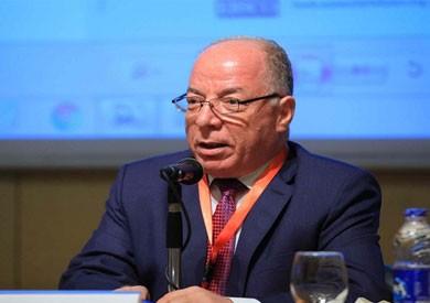 وزير الثقافة السابق يوضح أسباب اختيار جامعة القاهرة لعقد مؤتمر الشباب