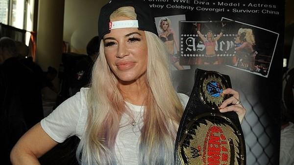 وفاة نجمة مصارعة WWE آشلي ماسارو والسبب مجهول.. صور