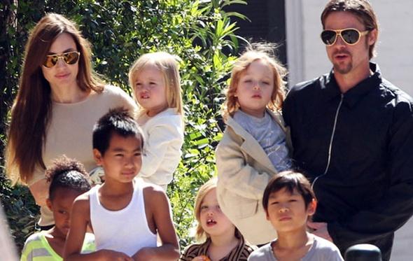 """ديلي ميل: اتفاق """"برانجلينا"""" بشأن حضانة الأطفال شائعة"""