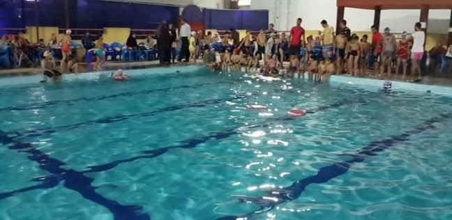 بالفيديو.. لحظة مصرع طفل صعقا بالكهرباء داخل حمام سباحة بالمرج