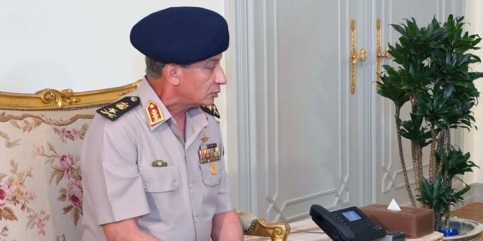 وزير الدفاع يبحث مع نظيره النيجيري التعاون العسكري بين البلدين