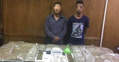"""الداخلية تداهم مصنع داخل شقة بإمبابة لإنتاج مخدر الأستروكس من """"البنج"""""""