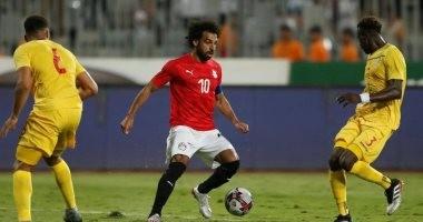 مصر ضد زيمبابوي.. محمد صلاح يحلم بمعادلة إنجاز أسطورة الكونغو