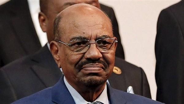 الرئيس السوداني يقرر حل حكومة الوفاق الوطني