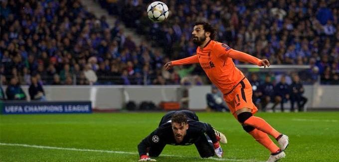 """كلوب يستغل """"الخماسية"""" ويضع صلاح بين بدلاء ليفربول أمام بورتو"""