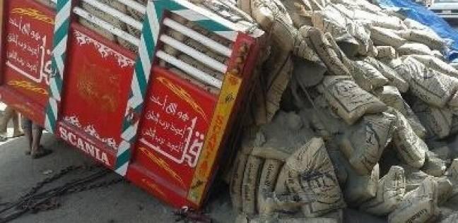 """""""الصحة"""": وفاة مواطن وإصابة 28 آخرين في انقلاب """"سيارة عمال"""" بالمنيا"""