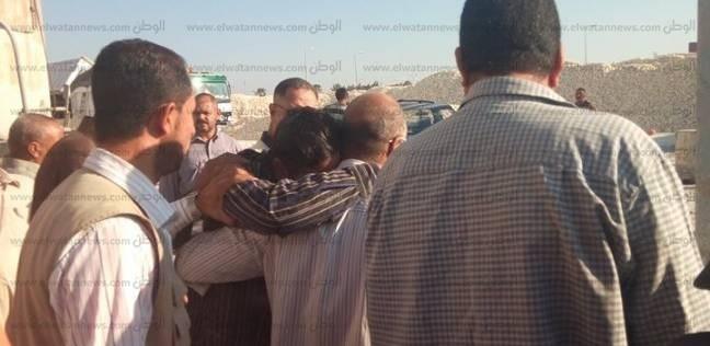 سائق بمصنع السكر يحاول الانتحار لمروره بضائقة مالية في كفر الشيخ