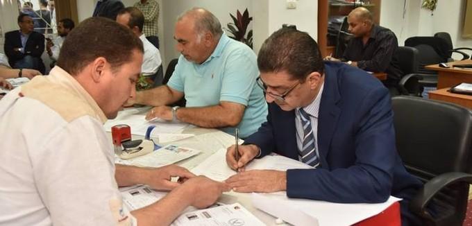 """بالصور.. طاهر و""""حكومة الأهلي"""" يتقدمون بأوراق ترشحهم للانتخابات"""