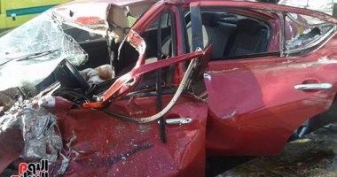 إصابة 5 أشخاص عقب انقلاب سيارة فى مصرف بالمنوفية