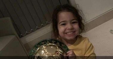شاهد.. مكة محمد صلاح تحتفل بجائزة أفضل لاعب فى أفريقيا