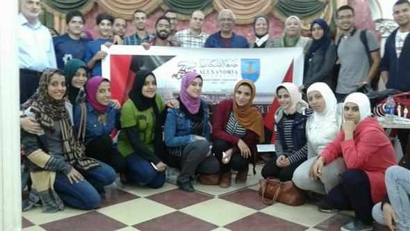 """جامعة الإسكندرية تطلق قافلة طبية مجانية لتقديم العلاج لأهالي """"العصافرة"""" .. صور"""