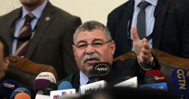 """بدء جلسة الحكم على بديع و738 متهما بـ""""فض رابعة"""".. 75متهما ينتظرون رأى المفتى"""