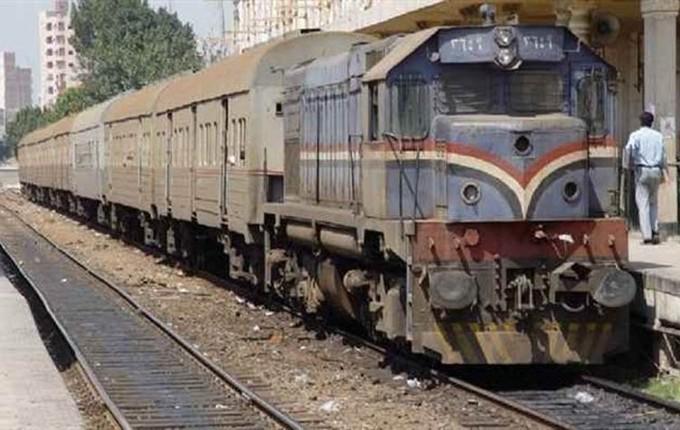 """النقل: تسيير القطارات في الاتجاهين على خط """"القاهرة-الإسكندرية"""""""