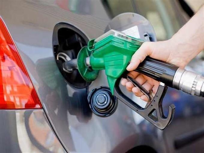 ماذا تعني آلية التسعير التلقائي للمواد البترولية؟ (تقرير معلوماتي)