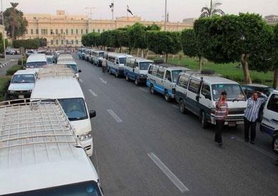 سائقو الأجرة بطور سيناء يطالبون بتحديد التعريفة بعد زيادة أسعار الوقود