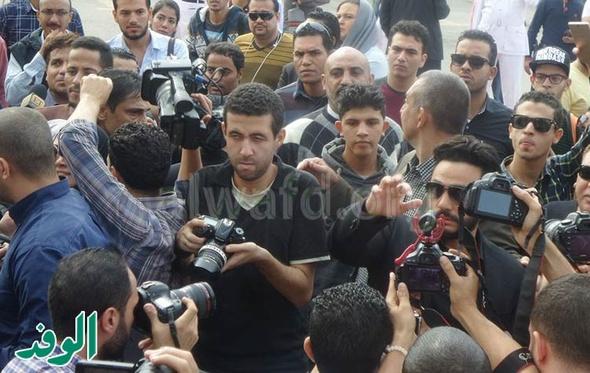 شاهد.. محمد حماقي وتامر حسني آخر الحاضرين لتشييع جنازة محمود عبدالعزيز