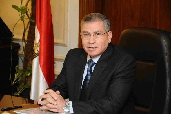 وزير التموين يوجه بصرف تعويضات عاجلة لأسرة العامل المتوفي في حريق صومعة شبرا الخيمة