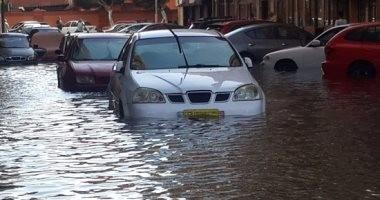 """بالصور.. المياه تغرق شارع طرح البحر فى بورسعيد بسبب """"ماسورة مياه"""""""