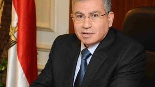 وزير التموين يزور مصابي حادث صومعة مسطرد