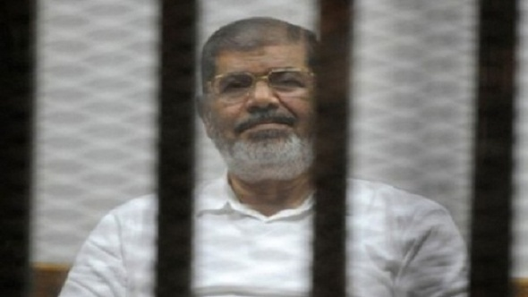 """اليوم.. نظر طعن مرسي وآخرين في """"التخابر مع قطر"""""""