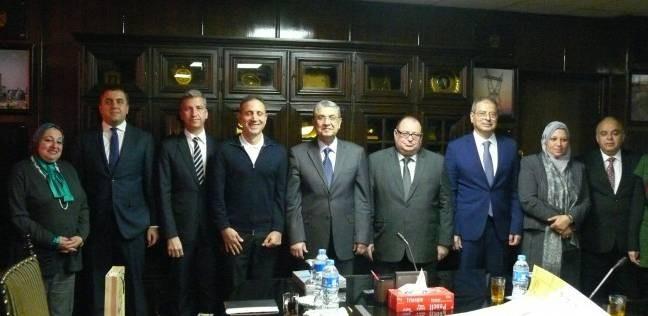 شاكر: مشروع الربط الكهربائي مع قبرص واليونان يجعل مصر ناقل هام للطاقة