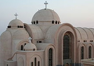 «المجمع المقدس»: الكنيسة غير مسؤولة عن من ارتبط بدير الأنبا كاراس رهبانيا