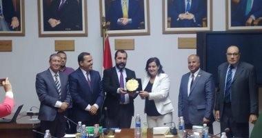 الزراعة: وفد جزائرى يزور مصر لبحث اقامة مزرعة سمكية مشتركة بولاية بشار