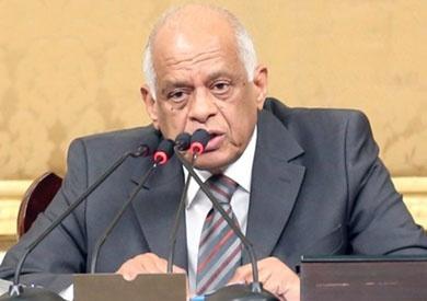 «النواب» يوافق على تحويل بنك التنمية إلى «الزراعي المصري»